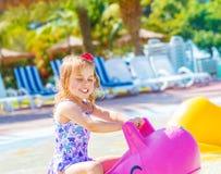 Κοριτσάκι στο aquapark Στοκ Εικόνες