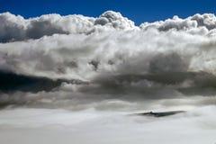 Κορυφή ενός βουνού στοκ εικόνες με δικαίωμα ελεύθερης χρήσης