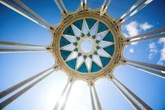 κορυφή στηλών κύκλων Στοκ εικόνα με δικαίωμα ελεύθερης χρήσης