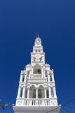 Κορυφή της άσπρης εκκλησίας Στοκ Εικόνες