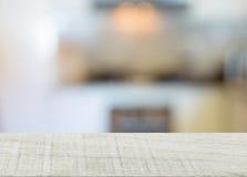 κορυφή της κουζίνας ξύλου και θαμπάδων Στοκ Εικόνα