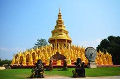 Κορυφή 500 Saraburi Ταϊλάνδη παγοδών ναών Στοκ Φωτογραφίες