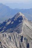 κορυφογραμμή βουνών δύσκ& στοκ εικόνες με δικαίωμα ελεύθερης χρήσης