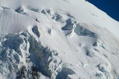 Κορυφογραμμή βουνών χιονιού Στοκ Εικόνα