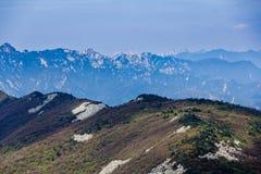 Κορυφογραμμή βουνών Στοκ φωτογραφία με δικαίωμα ελεύθερης χρήσης