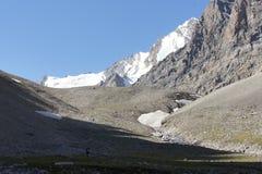 Κορυφογραμμή στην αιχμή Aktash, pamir-Alay στοκ φωτογραφίες