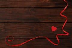 Κορδέλλα καρδιών ημέρας βαλεντίνων Στοκ φωτογραφία με δικαίωμα ελεύθερης χρήσης