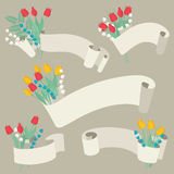Κορδέλλες και λουλούδια καθορισμένες - διανυσματική απεικόνιση Στοκ Εικόνες