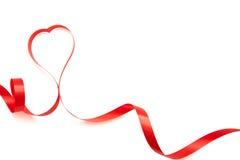 Κορδέλλες που διαμορφώνονται ως καρδιές που απομονώνονται Στοκ φωτογραφίες με δικαίωμα ελεύθερης χρήσης