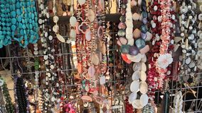 Κοσμήματα από τους πολύτιμους λίθους φιλμ μικρού μήκους