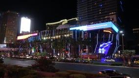 Κοσμοπολίτικες ξενοδοχείο και χαρτοπαικτική λέσχη στο Las Vegas Strip τή νύχτα - ΗΠΑ 2017 απόθεμα βίντεο