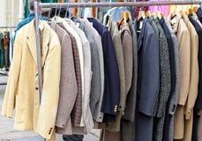 Κοστούμια στη ράγα Στοκ εικόνες με δικαίωμα ελεύθερης χρήσης