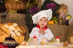 κοστούμι μαγείρων αγοριώ& Στοκ εικόνα με δικαίωμα ελεύθερης χρήσης