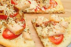 κοτόπουλο ένα πίτσα Στοκ φωτογραφία με δικαίωμα ελεύθερης χρήσης