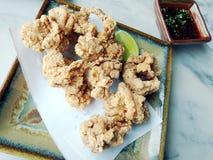 κοτόπουλο που τηγανίζεται Στοκ Εικόνες