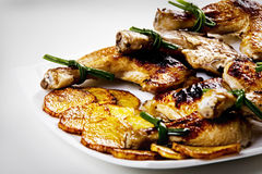 κοτόπουλο που τηγανίζε& Στοκ εικόνες με δικαίωμα ελεύθερης χρήσης