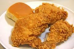 κοτόπουλο που τηγανίζε& Στοκ Εικόνες