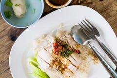 Κοτόπουλο ατμού με το ρύζι (κοτόπουλο Hainan) Στοκ Εικόνες