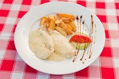 Κοτόπουλο με cream02 Στοκ φωτογραφία με δικαίωμα ελεύθερης χρήσης