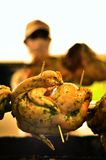 κοτόπουλο που ψήνεται στη σχάρα Στοκ Φωτογραφίες