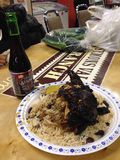 Κοτόπουλο τραντάγματος και μεξικάνικη μπύρα Στοκ εικόνα με δικαίωμα ελεύθερης χρήσης