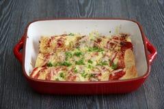 Κοτόπουλο & Chorizo Enchiladas Στοκ Εικόνα