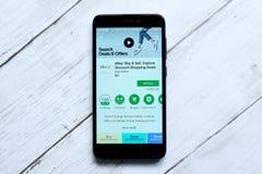 ΚΟΥΆΛΑ ΛΟΥΜΠΟΎΡ, ΜΑΛΑΙΣΙΑ - 28 ΙΑΝΟΥΑΡΊΟΥ 2018: Ebay app στο αρρενωπό κατάστημα παιχνιδιού eBay ιδρύθηκε από το Pierre Omidyar το Στοκ Εικόνα