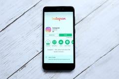 ΚΟΥΆΛΑ ΛΟΥΜΠΟΎΡ, ΜΑΛΑΙΣΙΑ - 28 ΙΑΝΟΥΑΡΊΟΥ 2018: Instagram app στο αρρενωπό κατάστημα παιχνιδιού Instagram που δημιουργείται από τ Στοκ Φωτογραφία