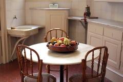 κουζίνα αναδρομική Στοκ φωτογραφία με δικαίωμα ελεύθερης χρήσης