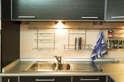 κουζίνα σχεδιαστών σύγχρ&o Στοκ Εικόνα