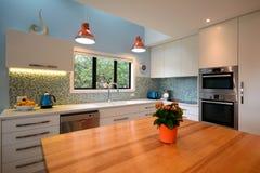 κουζίνα σύγχρονη Στοκ φωτογραφίες με δικαίωμα ελεύθερης χρήσης