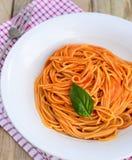 Κουζίνα των ζυμαρικό-ιταλικών ντοματών Στοκ Εικόνες