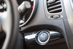 Κουμπί έναρξης μηχανών αυτοκινήτων Στοκ Εικόνες