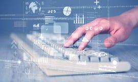 Κουμπιά πληκτρολογίων που πιέζονται με το χέρι με τα εικονίδια υψηλής τεχνολογίας Στοκ εικόνες με δικαίωμα ελεύθερης χρήσης