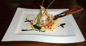 Κουνέλι στη σάλτσα με τα λαχανικά Στοκ Φωτογραφία