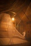 Κουνούπι καθαρό πέρα από το κρεβάτι στο guesthouse του αδύτου Khao Sok, Στοκ εικόνες με δικαίωμα ελεύθερης χρήσης