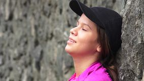 Κουρασμένη στήριξη κοριτσιών εφήβων Στοκ φωτογραφίες με δικαίωμα ελεύθερης χρήσης