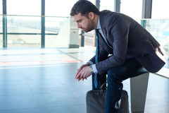 Κουρασμένος και λυπημένος επιχειρηματίας Στοκ φωτογραφία με δικαίωμα ελεύθερης χρήσης