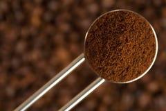 Κουτάλι καφέ χάλυβα Στοκ εικόνα με δικαίωμα ελεύθερης χρήσης