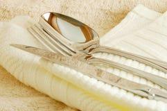κουτάλι μαχαιριών δικράνω& στοκ εικόνες με δικαίωμα ελεύθερης χρήσης