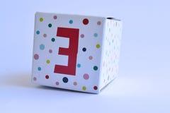 Κουτί από χαρτόνι με τον αριθμό τρία Στοκ Εικόνες