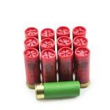 12 κοχύλια κυνηγετικών όπλων μετρητών που απομονώνονται Στοκ φωτογραφία με δικαίωμα ελεύθερης χρήσης