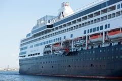 Κούβα Αβάνα 8 Φεβρουαρίου 2018 - ένα τεράστιο σκάφος στο λιμένα Havan Στοκ φωτογραφίες με δικαίωμα ελεύθερης χρήσης