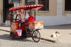 Κούβα Αβάνα 8 Φεβρουαρίου 2018 - trishaw, προμηθευτής παγωτού σε Hav Στοκ φωτογραφία με δικαίωμα ελεύθερης χρήσης