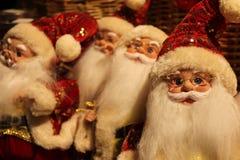 Κούκλες πώλησης Άγιου Βασίλη - Χριστούγεννα στοκ εικόνες με δικαίωμα ελεύθερης χρήσης