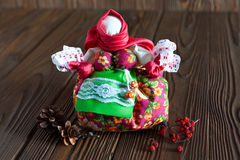 Κούκλα τα παραδοσιακά υφαντικά ρωσικά Στοκ φωτογραφία με δικαίωμα ελεύθερης χρήσης