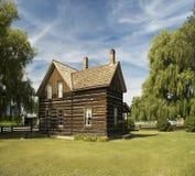 κούτσουρο εξοχικών σπιτιών ξύλινο Στοκ Φωτογραφία