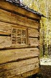 κούτσουρο σπιτιών πτώσης Στοκ φωτογραφίες με δικαίωμα ελεύθερης χρήσης