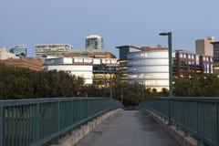 Κολλέγιο κομητειών Tarrant στο σούρουπο Fort Worth, Tx, ΗΠΑ στοκ φωτογραφία με δικαίωμα ελεύθερης χρήσης