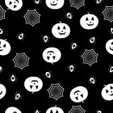 Κολοκύθες, αράχνες και ιστοί αράχνης Στοκ εικόνες με δικαίωμα ελεύθερης χρήσης